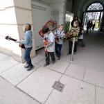 guitar_monkeys_IMGK5552